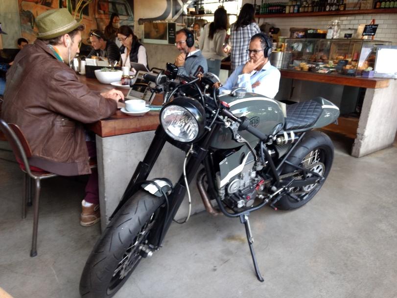 Venice Beach - Deux Ex Machina Coffee Store