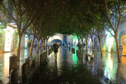 Viajar bajo la lluvia - fuente unsplash