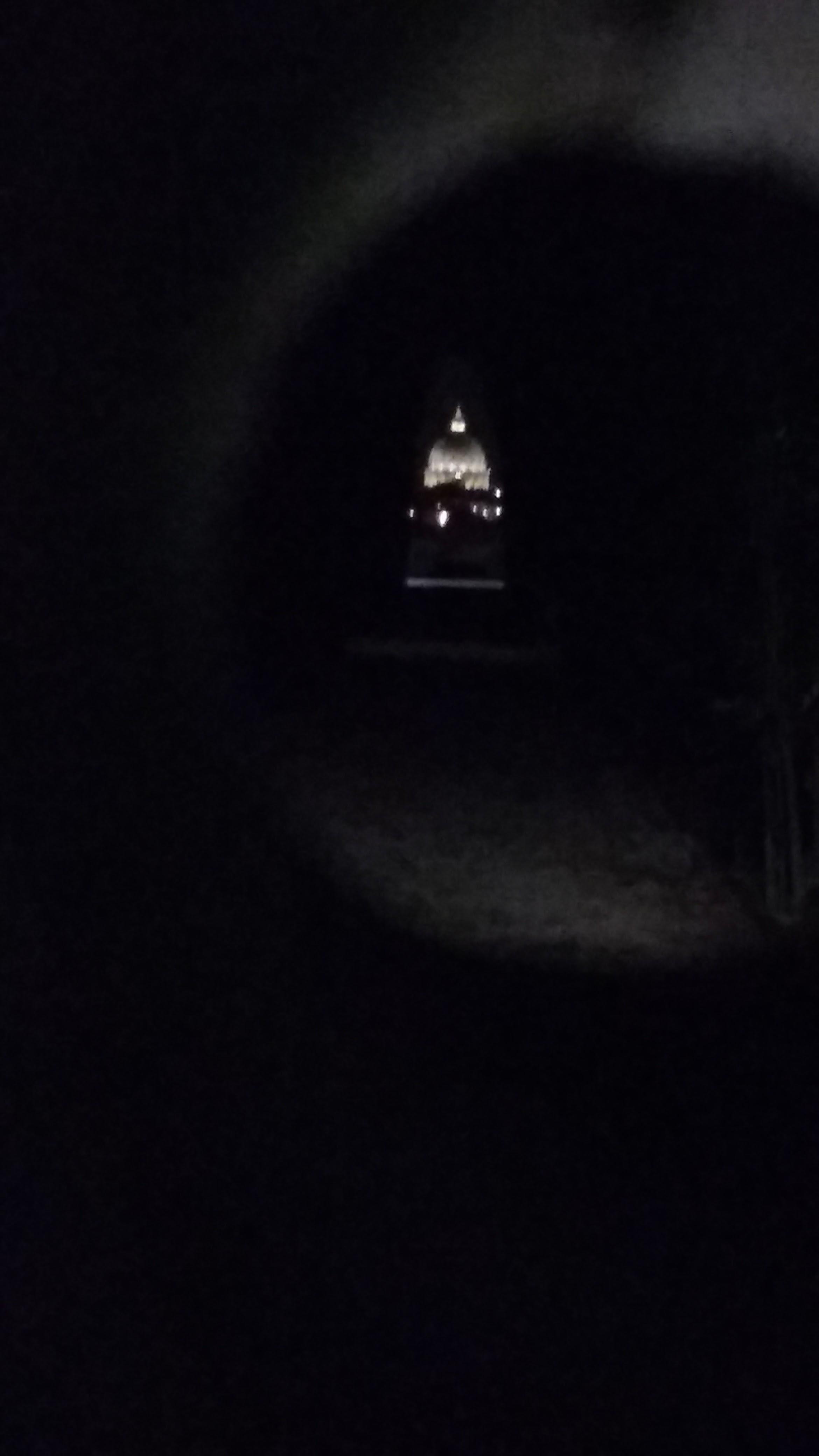 El cerrojo en la puerta - Basílica de San Pedro